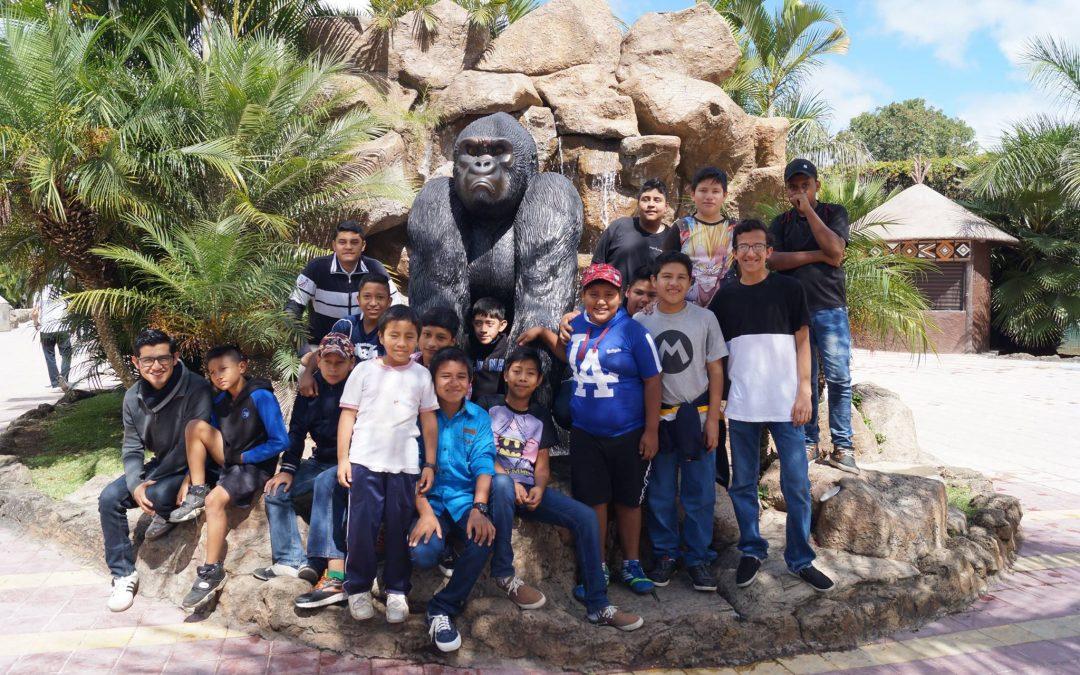 Clausura del Programa Uno con Uno con los niños de la escuela de la comunidad Concepción las Lomas